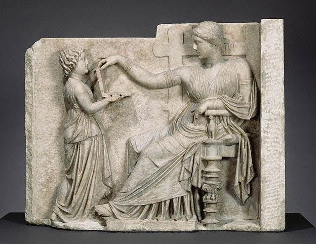 etsi-epikoinonouse-i-arxaia-ellhnida-apo-tin-sarkofago-tis
