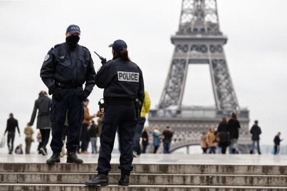 sillamvanoun-ypoptous-islamistes-se-parisi-kai-vrikseles