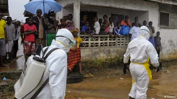 30230-sierra-leone-to-impose-ebola-curfew-6-1410013738
