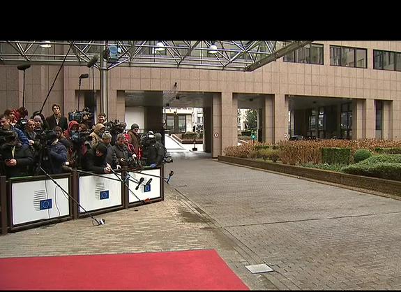 ektakto-eurogroup-live-eikona