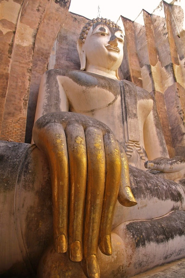 Sukhothai-Historical-Park-Thailand.-Step-back-in-time-about-800-years-at-Thailand's-most-impressive-historical-park.
