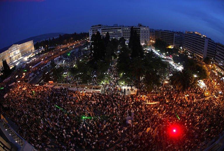 Syntagma-Square-indignados1