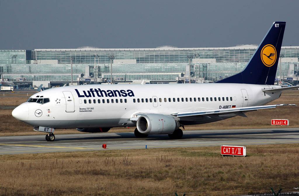 Lufthansa_737_18