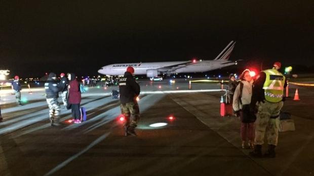 air-france-paris-flight-diverted-montreal