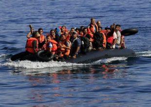 Σύροι πρόσφυγες στην Κύπρο με ακυβέρνητο καΐκι - Ανάμεσά τους 37 παιδιά
