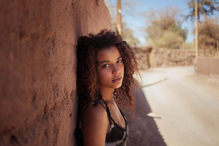 different-countries-women-portrait-photography-michaela-noroc-10--Venezuela-San-Pedro-de-Atacama-Chile
