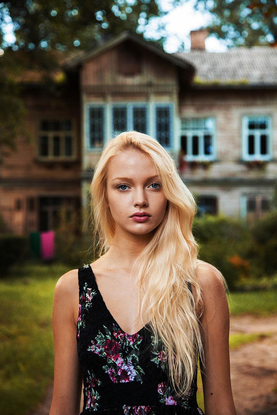 different-countries-women-portrait-photography-michaela-noroc-3-riga-latvia