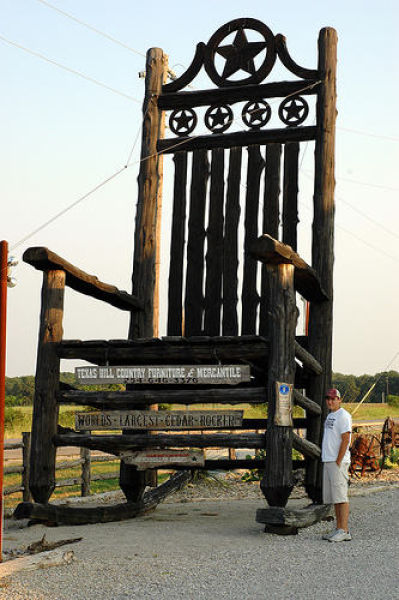 Worlds Largest Rocking Chair Photoshop Picture