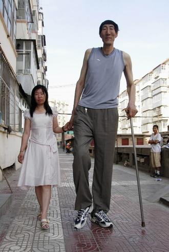 Tallest man Photoshop Picture