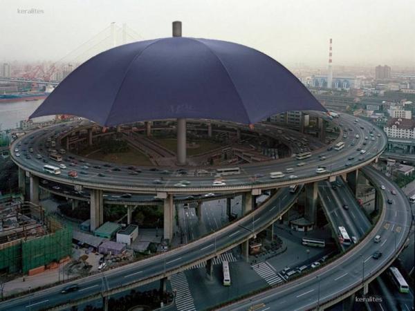 Largest umbrella Photoshop Picture