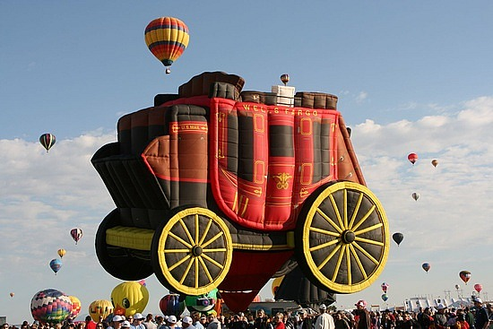Largest hot air balloon Photoshop Picture