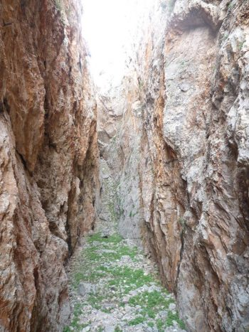 Ξεχασμένοι Μύθοι, Θρύλοι και Παραδόσεις της Σύρου