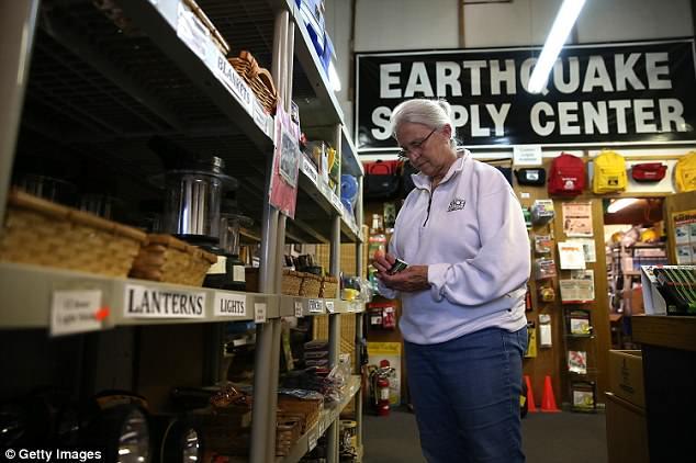 Η Αριζόνα προετοιμάζεται με αντι-σεισμικές ασκήσεις για να φιλοξενήσει πάνω από 400.000 κόσμο σε περίπτωση καταστροφικού σεισμού στην Καλιφόρνια!