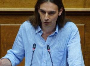 Μετανάστρια για Πρόεδρο προτείνει ο κ. Αρσένης